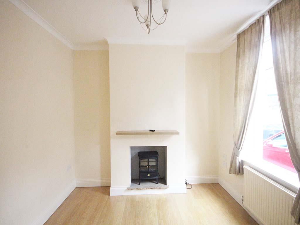 2 bedroom mid terrace house For Sale in Barnoldswick - IMG_7377.jpg